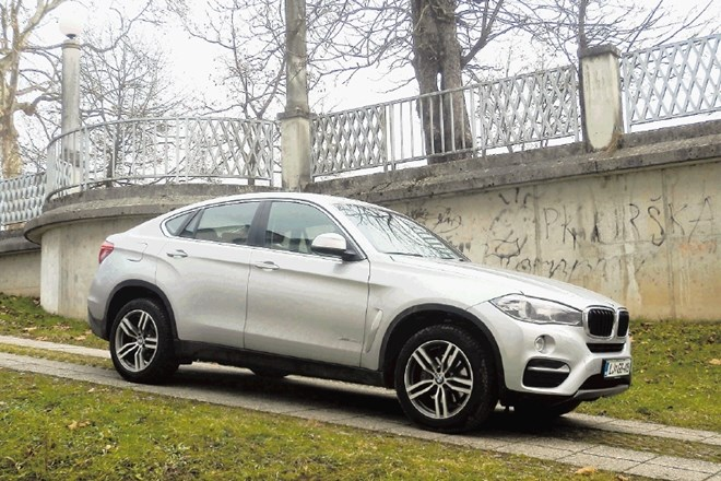 BMW X6 (levo) in BMW X4
