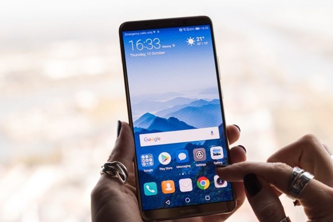Mate 10 Pro: Huawei s tem telefonom nad Samsung in Apple