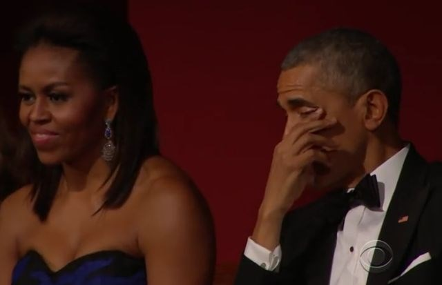 Barack in Michelle Obama. (Foto: youtube)