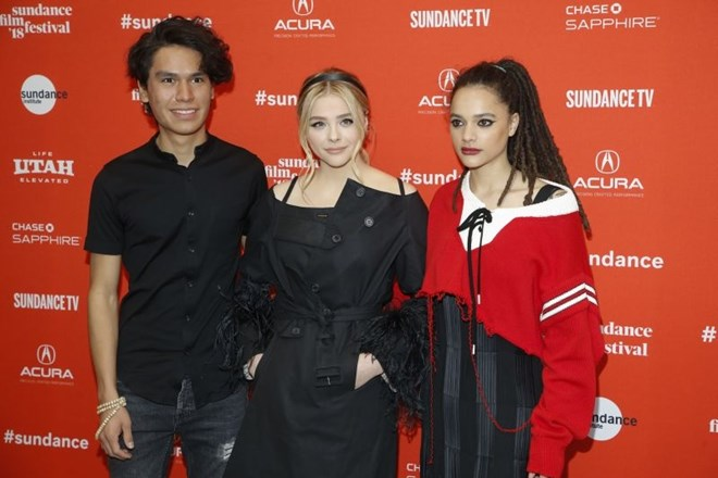 Igralci iz nagrajenega filma The Miseducation of Cameron Post: Forrest Goodluck, Chloe Grace Moretz in Sasha Lane.