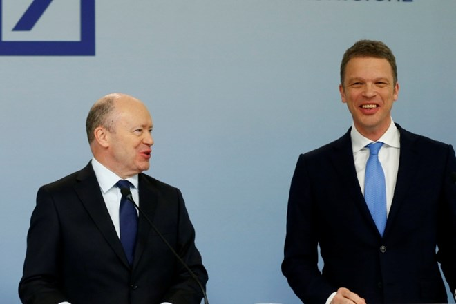 John Cryan na levi in Christian Sewing na desni