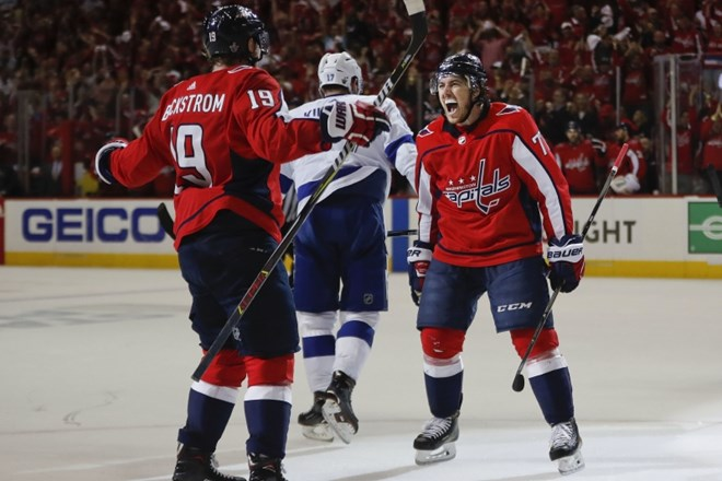 #video Washington izsilil sedmo tekmo polfinala NHL