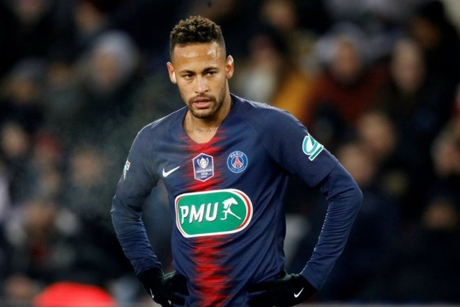 #video Neymarju tri tekme suspenza, ker je udaril navijača