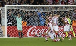 Konec prvenstva za Hrvate: Rezervist Quaresma Portugalce popeljal v četrtfinale