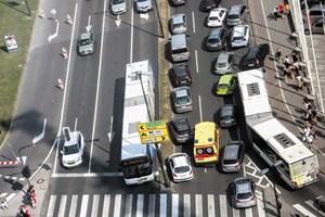 Prometni zastoji v Ljubljani: kot bi se Ljubljana spremenila v Ciudad de Mexico