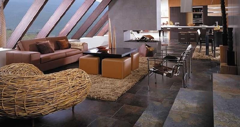 Kamnite talne obloge so zaželena izbira za tradicionalen in sodoben dom