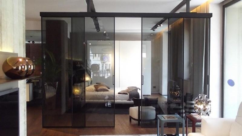 Drsne stene: estetska in funkcionalna rešitev za pregraditev prostorov