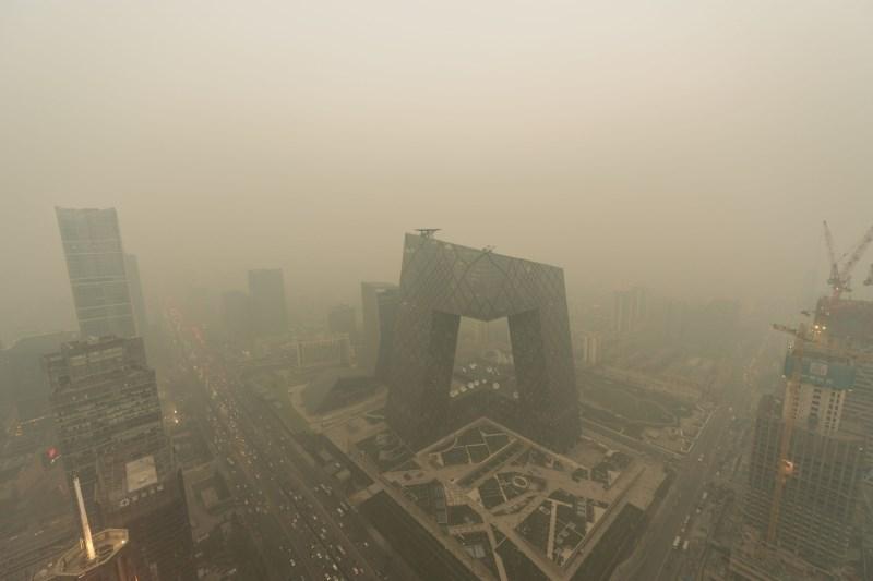 Kitajska je lokalnim meteorologom prepovedala izdajo opozoril zaradi onesnaženega zraka