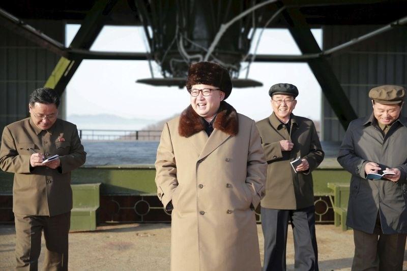 Severna Koreja naj bi se pripravljala na izstrelitev dveh raket dolgega dosega