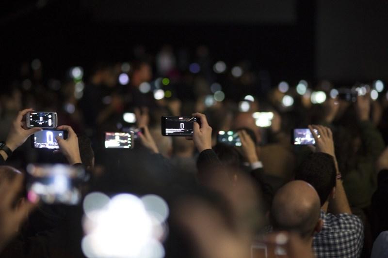 V Barceloni na kongresu mobilne telefonije brez pretresljivih novosti