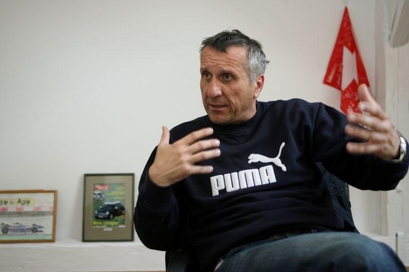 Miran Ališič o tem, da RTV prenaša športne prenose, ki jih gledajo le družinski člani nastopajočih