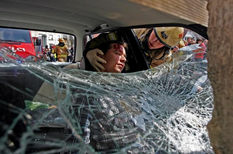 Britanskim voznikom v primeru povzročitve nesreče s smrtnim izidom grozi tudi dosmrtna zaporna kazen