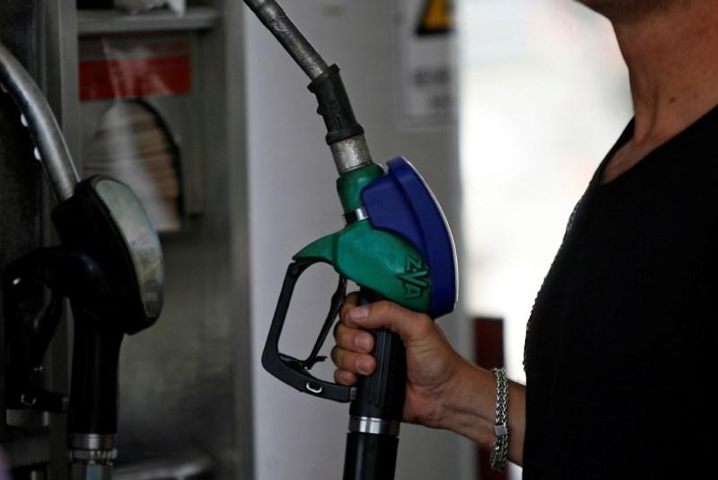 Regulirani ceni bencina in dizla s torkom višji