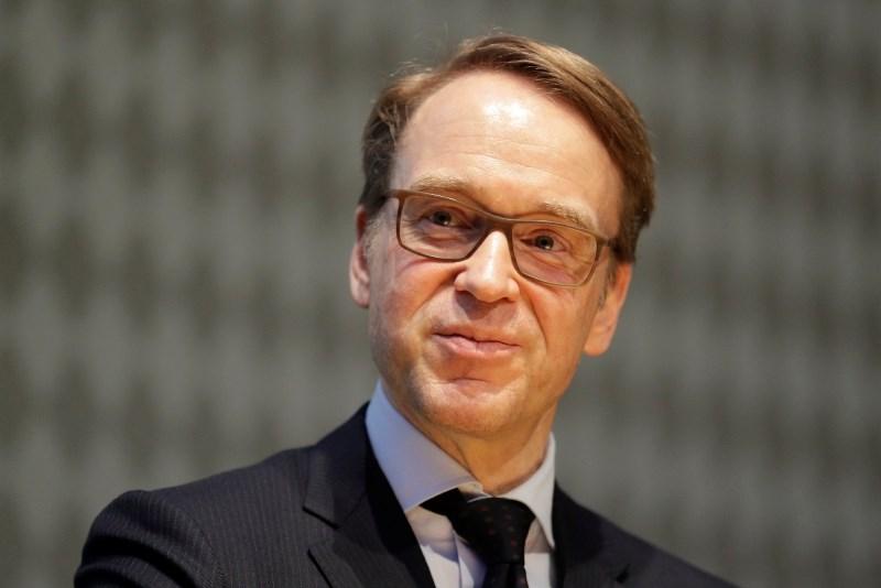 Guverner nemške centralne banke poziva h končanju kriznih ukrepov ECB