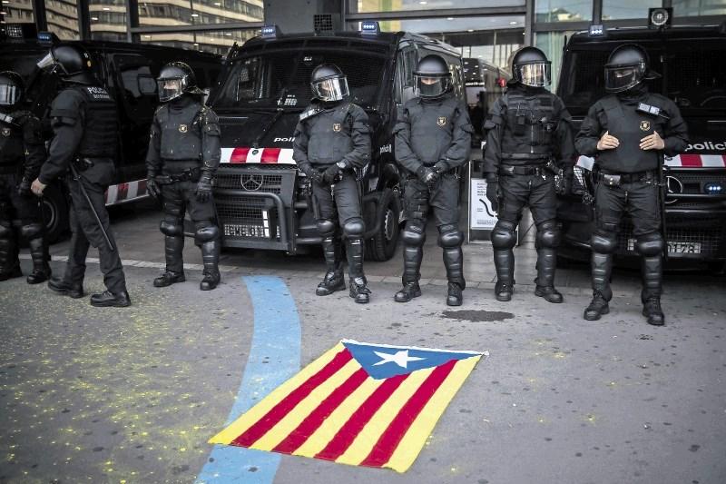 Spopad evropskih demokracij pred vrati političnih zaporov