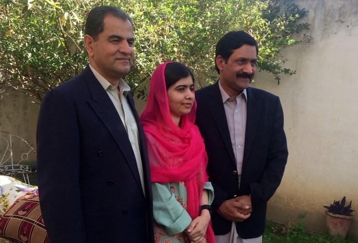 Malala prvič po napadu v svojem rojstnem kraju