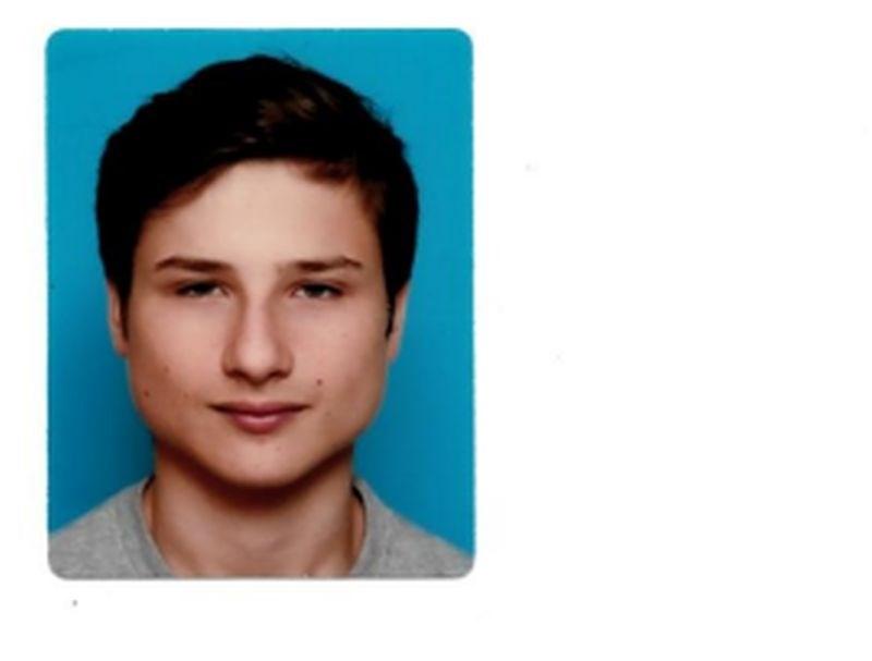 Pogrešajo 17-letnega Nejca iz Ajdovščine