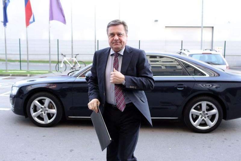 Vrhovno sodišče zavrnilo Jankovićevo pritožbo glede nadzora nad premoženjskim stanjem