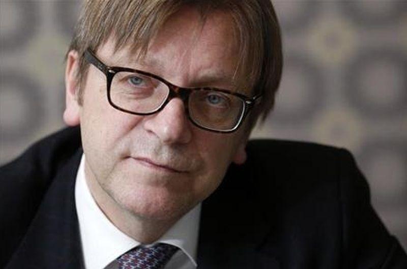 Verhofstadt: Orban skuša v Sloveniji uvesti svoj antiliberalni model