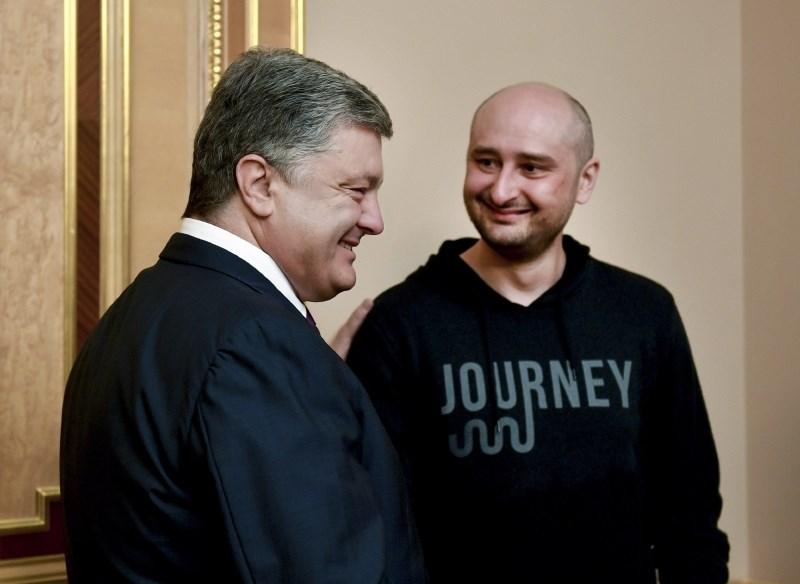 Ruski novinar branil svojo vlogo v zaigranem umoru v Kijevu