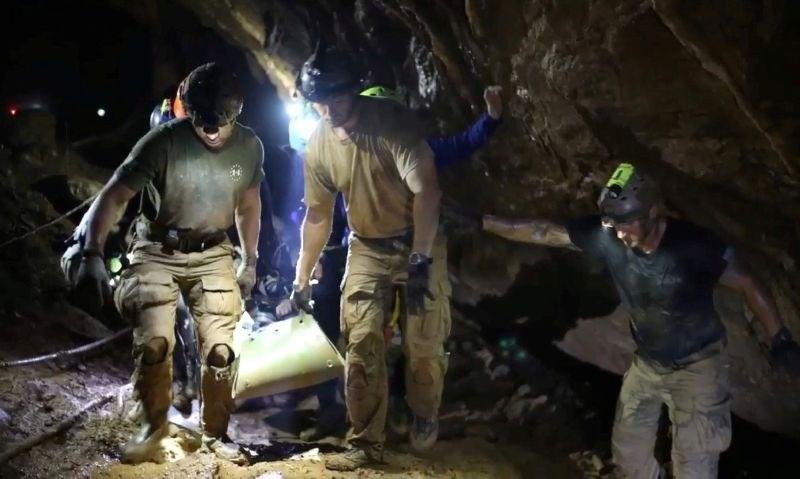 Tajski potapljač: Dečki so na poti iz jame »spali«