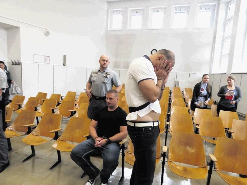 Pajdaša Kristijana Kamenika sta se premislila in priznala krivdo