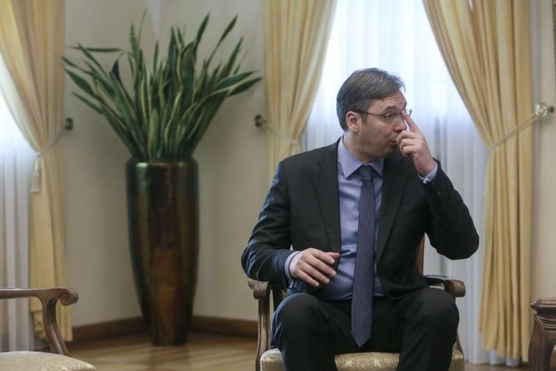 Sestanek med Srbi in Kosovci je bil zelo kratek in zelo naporen