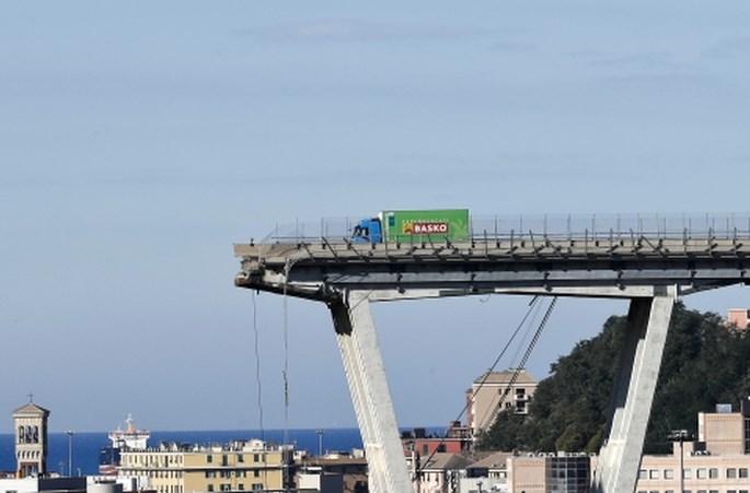 Italijanska vlada po zrušenju viadukta začela postopek za odvzem koncesije upravitelju avtocest