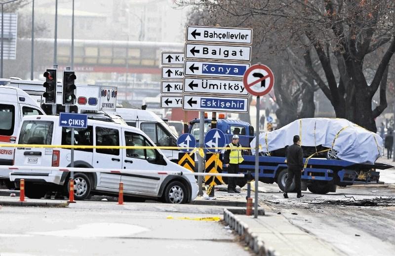 Medijska pozornost terorizmu k posnemanju spodbuja posameznike s psihičnimi težavami
