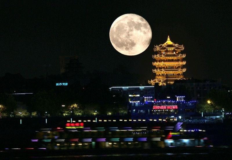 Namesto uličnih luči - umetna luna