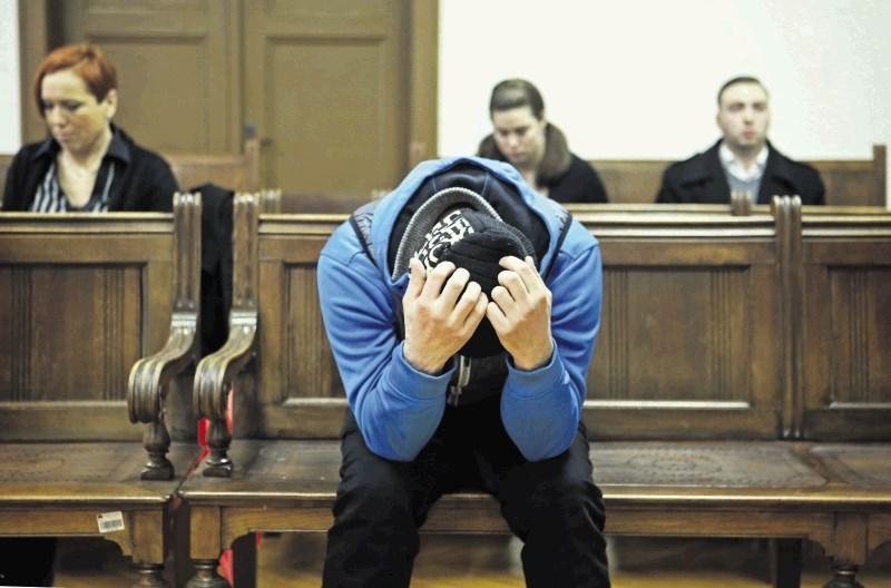 Groznik obsojen na 8 let zapora