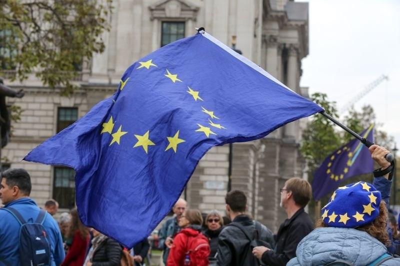 Mladi v Evropskem parlamentu predali manifest s svojimi zahtevami
