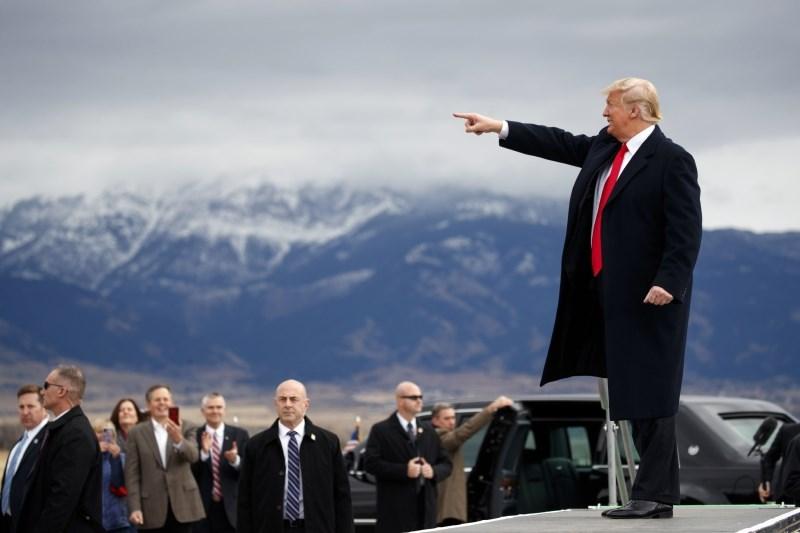ACLU s tožbo proti Trumpovi nameri odvzema pravice migrantom do azila