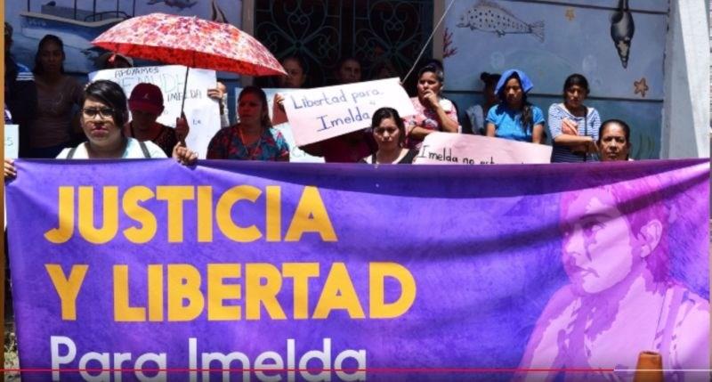 Posiljeni Salvadorčanki zaradi komplikacij v nosečnosti grozi 20 let zapora