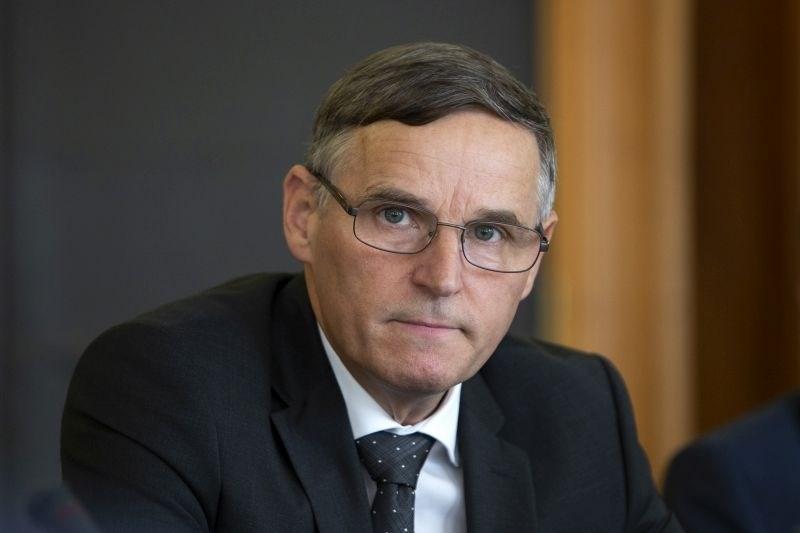 Bertoncelj za regres upokojencev 140 milijonov evrov, izplačilo v petih razredih