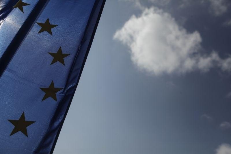Članice EU dosegle dogovor o krepitvi vizumskega informacijskega sistema