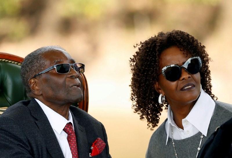 V Južnoafriški republiki izdali nalog za aretacijo Grace Mugabe