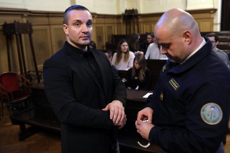 Mervanu Šljivarju za umor iz maščevanja 30 let zapora