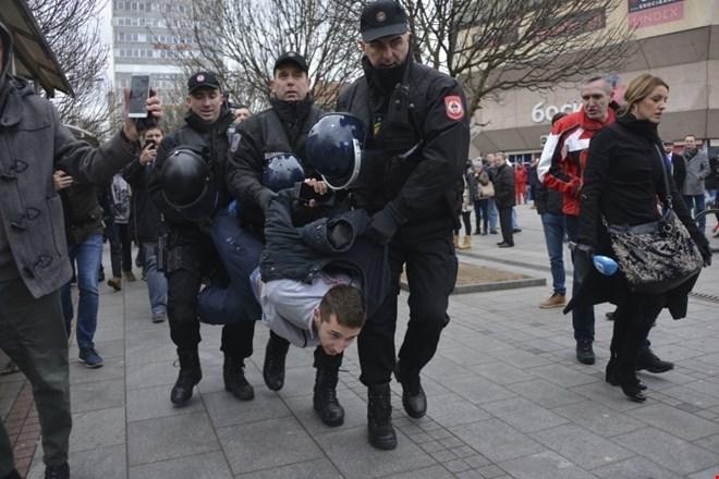 Starša v Banjaluki umrlega Davida Dragičevića zahtevata izkop njegovega trupla