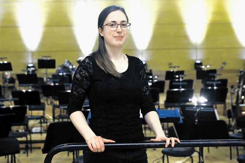 Mojca Lavrenčič, dirigentka in inštrumentalistka: Dirigent se rodi pred orkestrom