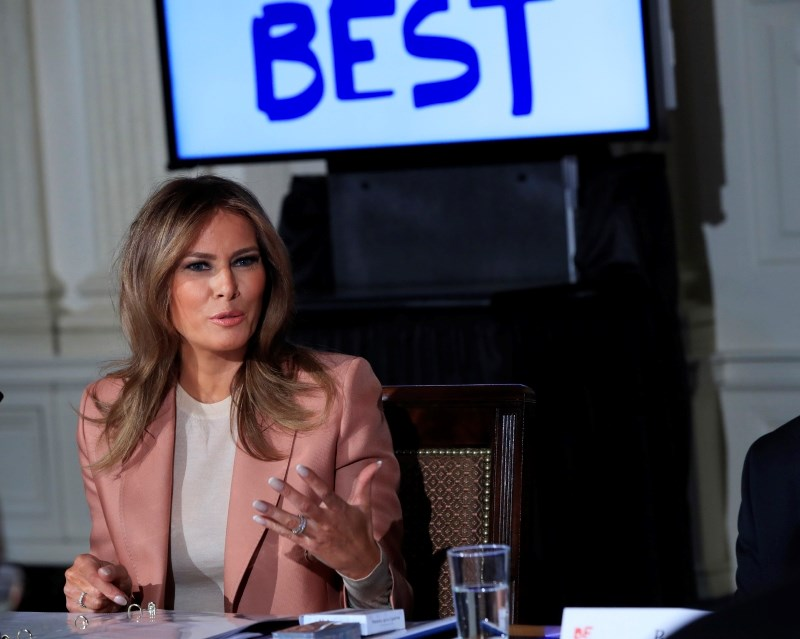 Prva dama ZDA vodila sejo medvladne delovne skupine o programih za mlade