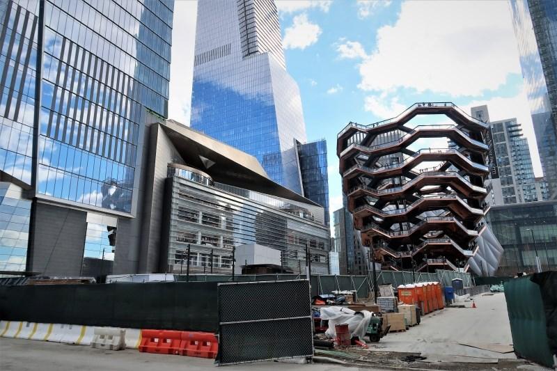 New York na zahodni strani Manhattna dobil novo sosesko in mestno znamenitost