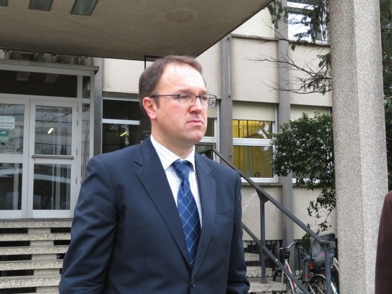 Zdravnik Damjan Birtič oproščen obtožbe malomarnega zdravljenja