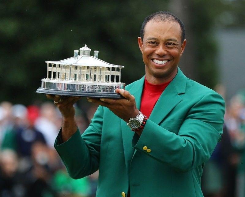 #foto Tiger Woods je znova oblekel zeleni jopič, čestitke dežujejo