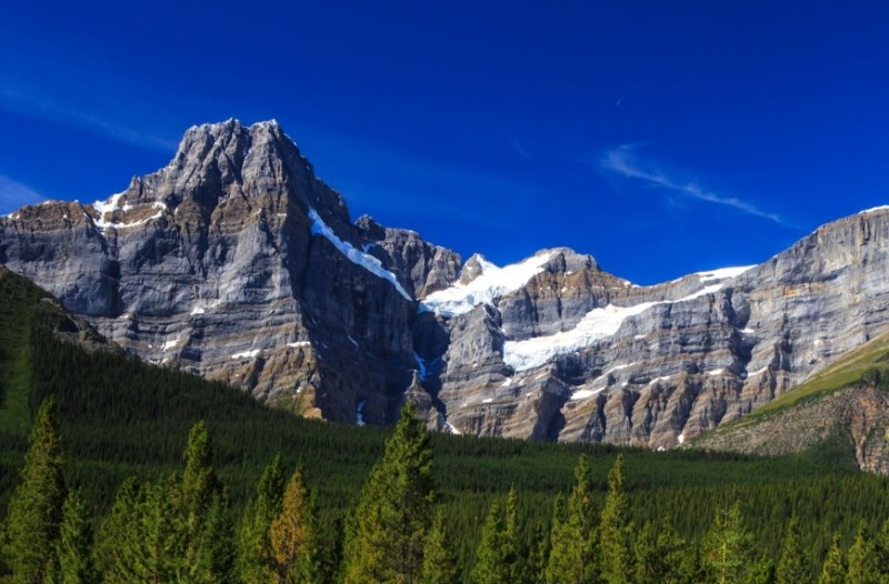 V kanadskih gorah našli trupla treh svetovno znanih alpinistov