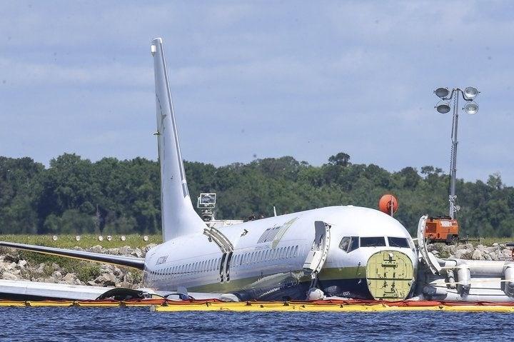 Piloti Boeing že lani svarili pred letalom 737 max
