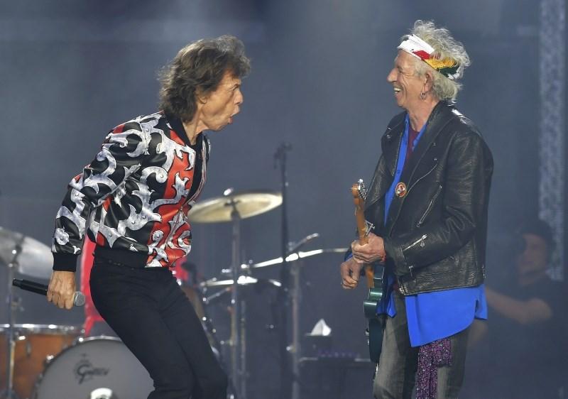 Rolling Stones po Jaggerjevi operaciji spet na turnejo