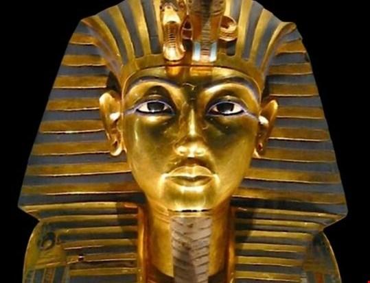 Egipt zahteva preklic dražbe kipa Tutankamonove glave