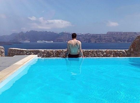 Instant zvezde: Dončić še vedno na počitnicah, Pahor spet sedi na mizi