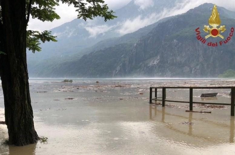 Na severu Italije zaradi poplav evakuirali več sto ljudi